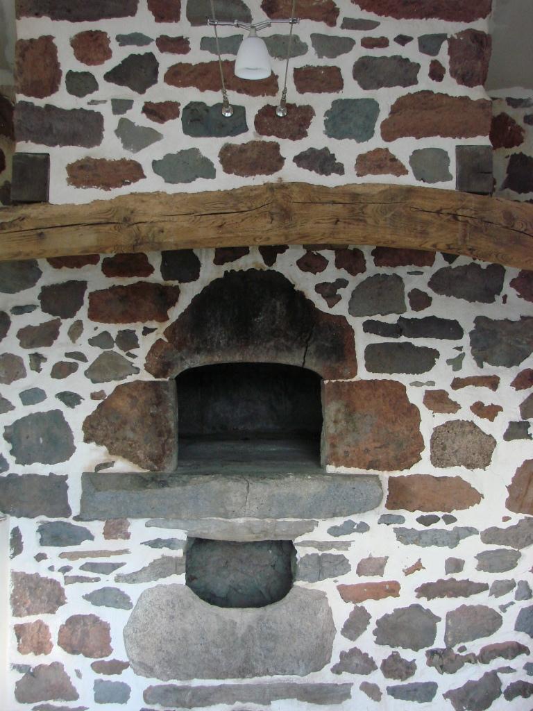 Rénovation à la chaux dun ancien four à pain