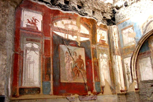 Fresques scénographiques du Hall du Siège des Augustaux d'Herculanum, cette ville italienne connue le même sort que Pompeï en l'an 79